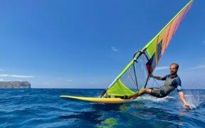 Na třetí olympiádě nemá windsurfař Lavický strach z tajfunu ani tsunami, jen ze zelené sanitky…