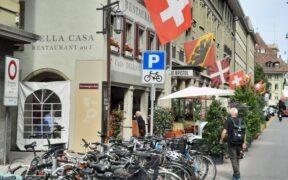Poklidné městské plavání, běhání a bikování… aneb Bernský triatlon